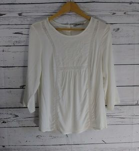 Tops - White Long Sleeve Button BackEmbroidered Blouse